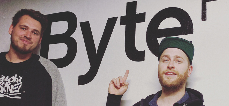 Neonschwarz bei ByteFM