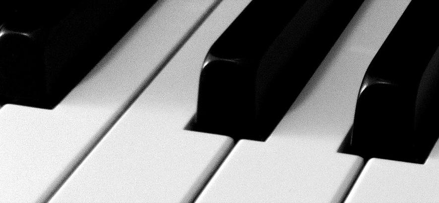 Foto von Klaviertasten