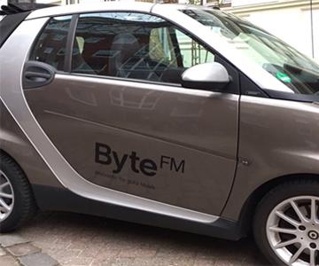 Vom Auto zum Byte-Mobil in nur einer E-Mail