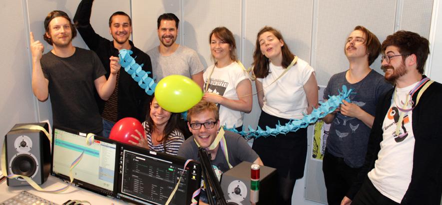 Das ByteFM Team weiht das neue ByteFM Studio 1 ein