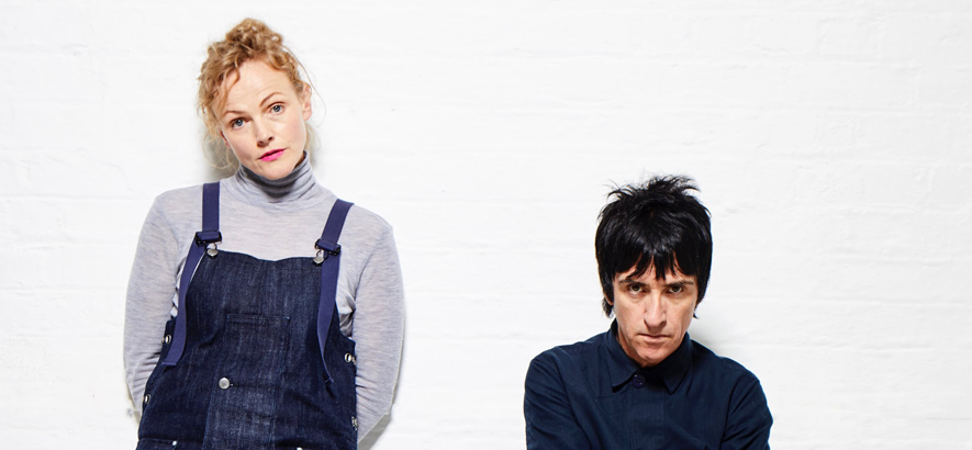 Johnny Marr und Maxine Peak (Foto: The Guardian)