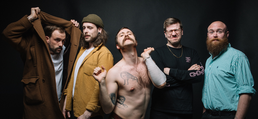 "Idles im Konzert: ""No One Is An Island"""