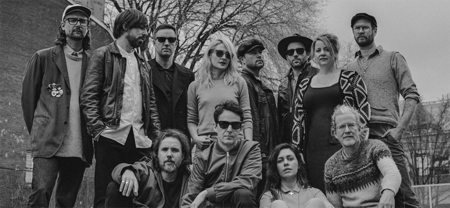 "Broken Social Scene kündigen neue EP mit der Single ""All I Want"" an"