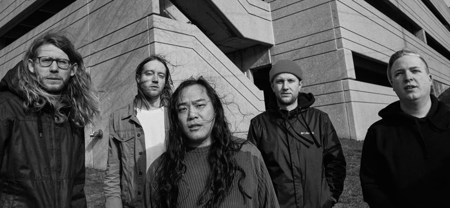 Pressefoto der US-amerikanischen Band La Dispute in schwarz-weiß