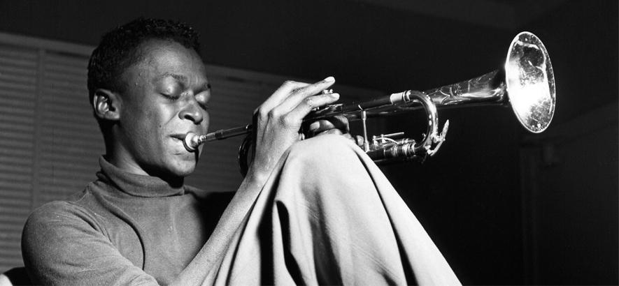 "Miles Davis – ""In A Silent Way"""