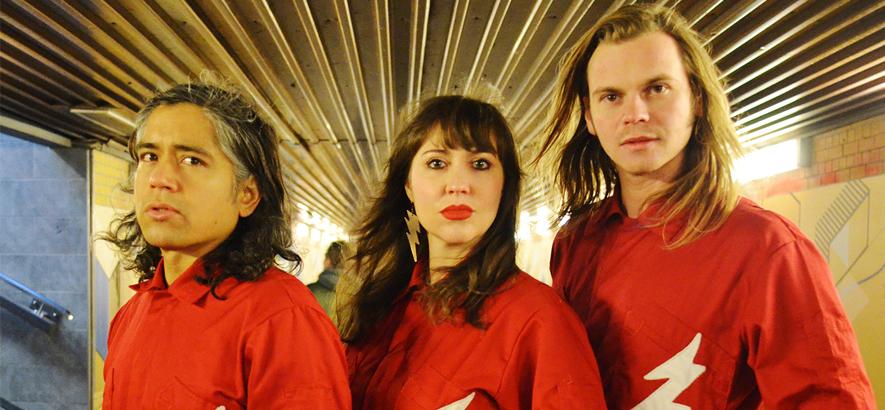 """Die Gruppe Mexican Radio. """"Night Of The Nihilist"""" ist ein Vorgeschmack ihres ersten Albums."""