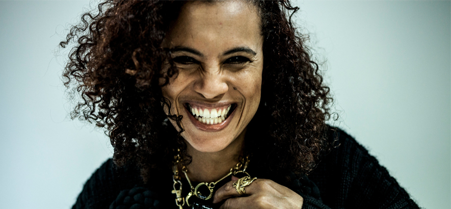 "Neneh Cherry, die sich 1990 Cole Porters Song ""I"