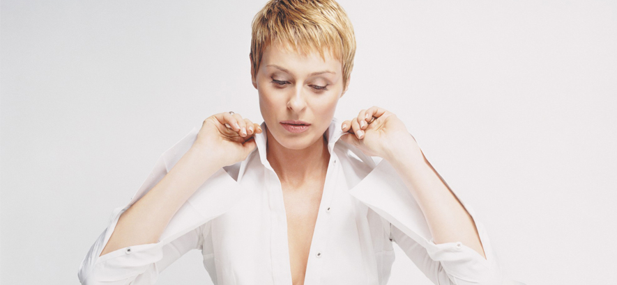 """Lisa Stansfield – """"This Is The Right Time"""""""