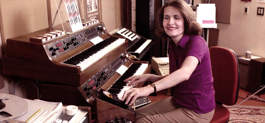 Wendy Carlos, eine der ersten Synthesizer-KomponistInnen und -EntwicklerInnen, wird heute 80 Jahre alt.