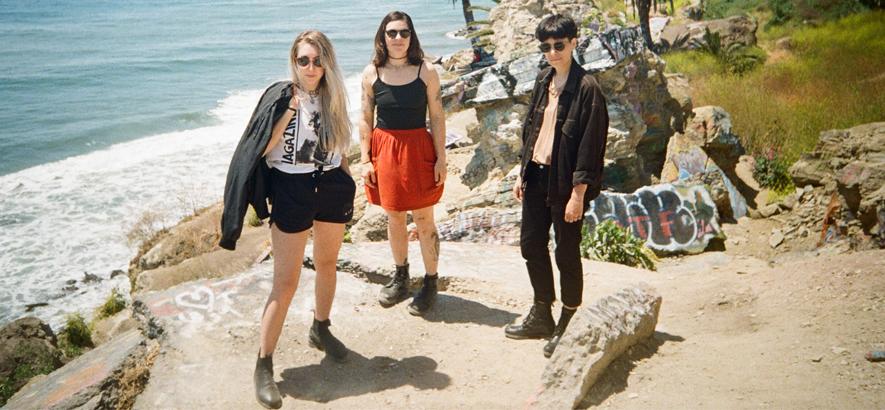 """Die Band Lié aus dem kanadischen Vancouver, deren Single """"Digging In The Desert"""" heute unser Track des Tages ist. Punk und stürmischer Minimalismus."""