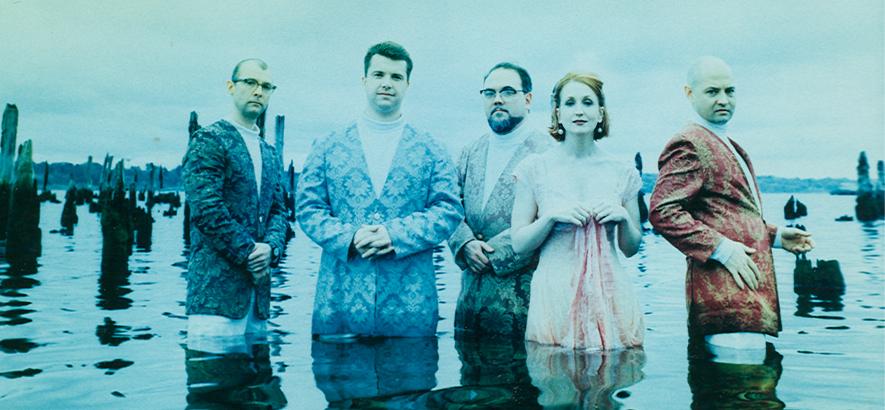 Die Band Combustible Edison, die 1994 aus einem Mix von Space-Age und Cocktails ziemlich aufregende Busik strickte.