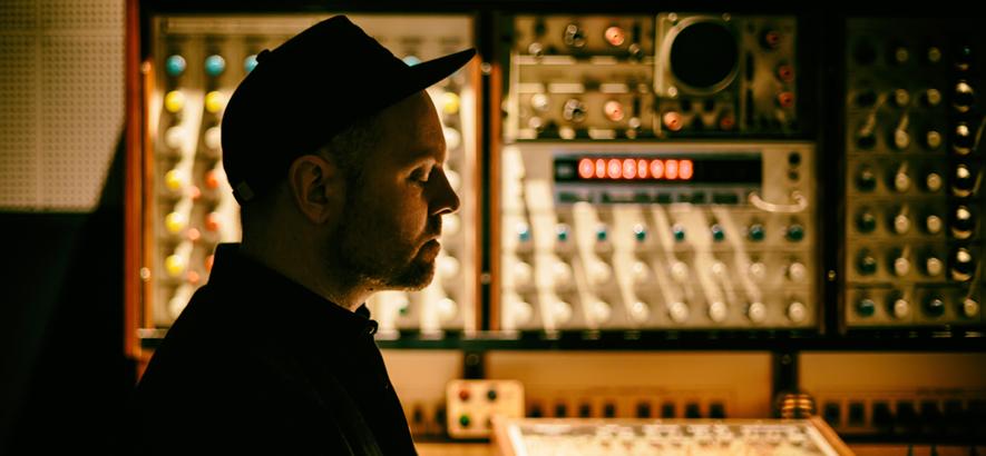 Foto vom Produzenten und Samplingkünstler DJ Shadow.