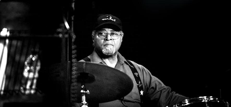 Foto des Jazz-Schlagzeugers Jimmy Cobb, der im Alter von 91 Jahren gestorben ist.