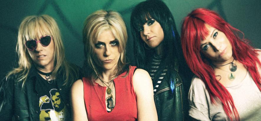 Pressebild der Band L7, die schon vor Riot Grrrl feministischen harten Rock gemacht hat.