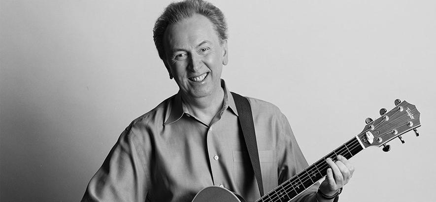 """Bild des Musikers Al Stewart, der 75 Jahre alt wird. Sein Song """"If It Doesn"""