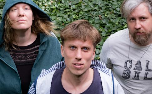 """Klassenarbeit im Blaumann: Kala Brisella mit """"Working Star"""" (Videopremiere)"""