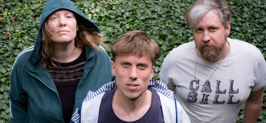 """Bild der Berliner Band Kala Brisella, die ein neues Musikvideo zum Track """"Working Star"""" veröffentlicht hat."""