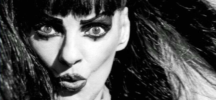 """Bild von Nina Hagen, die mit George Clinton eine neue Single namens """"Unity"""" herausgebracht hat."""