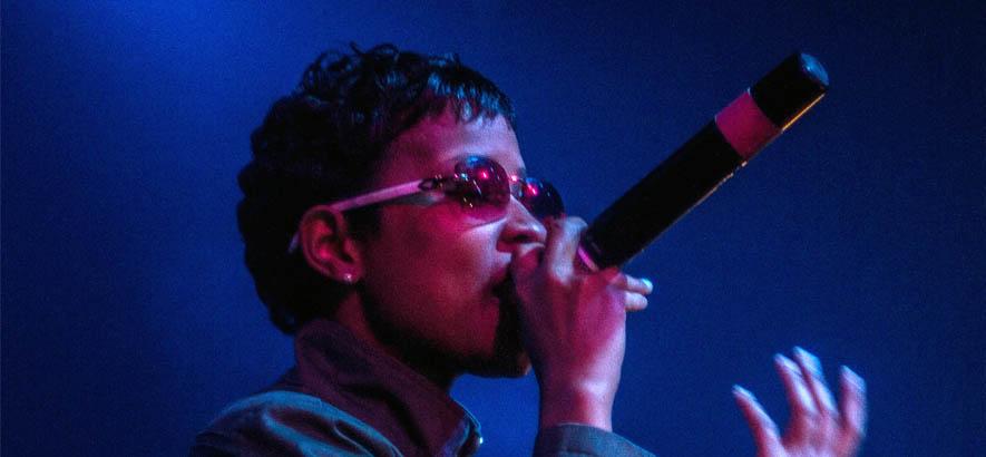 """Foto der Detroiter Rapperin DeJ Loaf, deren Song """"Cross That Line"""" heute unser Track des Tages ist."""