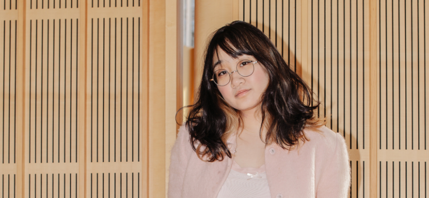 "Foto von Yaeji, die einen neuen Track namens ""When In Summer, I Forget About The Winter"" herausgebracht hat."