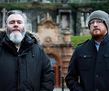 "Arab Strap kündigen neues Album ""As Days Get Dark"" an"