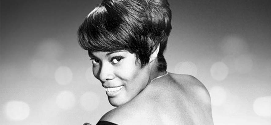 "Dionne Warwick auf dem Cover der Compilation ""The Best Of Dionne Warwick"". Ihre Interpretation des Burt-Bacharach-Songs ""Walk On By"" ist heute unser Track des Tages.."