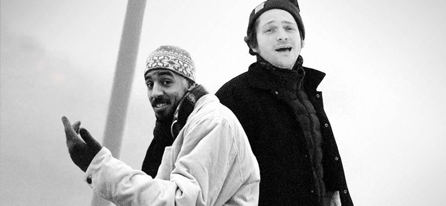 """Foto der Rapper Retrogott & Nepumuk, deren gemeinsames Stück """"Gegensätze"""" heute unser Track des Tages ist."""