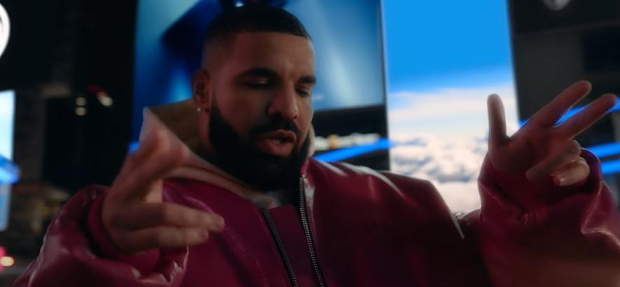 """Rapper Drake im Musikvideo zur Single """"What's Next"""", die auf der neuen EP """"Scary Hours 2"""" enthalten ist."""