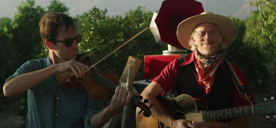 """Filmstill aus dem Musikvideo von Jimbo Mathus und Andrew Bird - """"Three White Horses & A Golden Chain"""""""