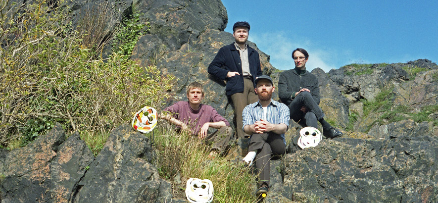 """Foto der schottischen Band Buffet Lunch. Ihre aktuelle Single """"Said Bernie"""" ist heute unser Track des Tages."""