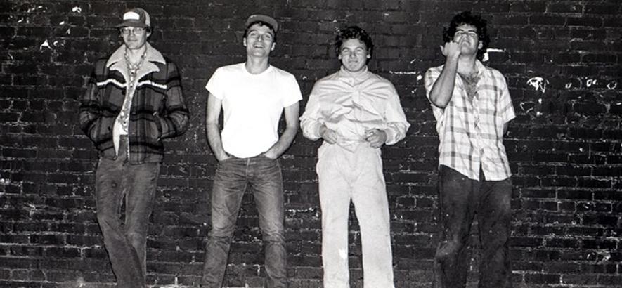 """Bild der US-Punk-Band Descendents, die mit """"9th & Walnut"""" ein Album mit Aufnahmen aus dem Jahr 2002 angekündigt hat."""