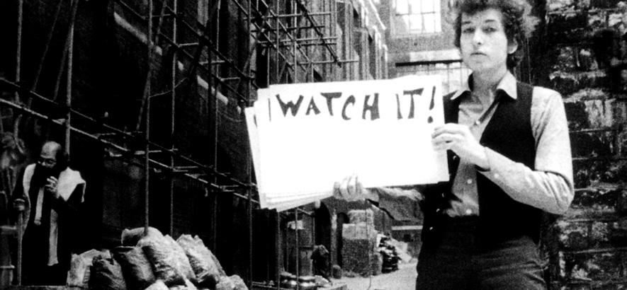 """Foto von Bob Dylan, dessen Song """"Subterranean Homesick Blues"""" Ausgangspunkt der achten Folge des Podcasts Zeitgeister ist."""