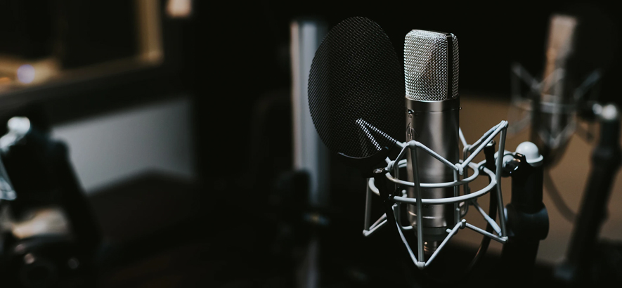 Mehrere Hamburger Tonstudios sind von den Folgen einer Explosion in Barmbek Ende Mai 2021 betroffen.