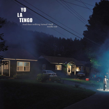 """Albumcover von YoLaTengo–""""AndThen Nothing Turned Itself Inside Out""""(2000)"""