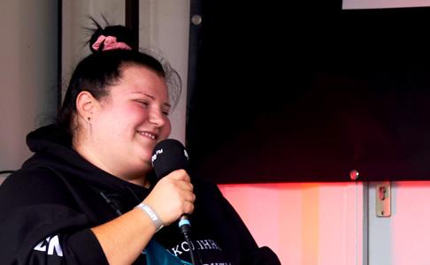 Reeperbahn Festival Podcast Special: Alyona Alyona im Gespräch mit Klaus Fiehe