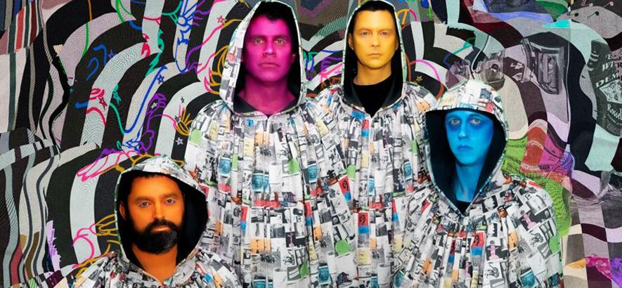 """Foto der Band Animal Collective, die ein neues Album mit dem Titel """"Time Skiffs"""" herausbringt."""